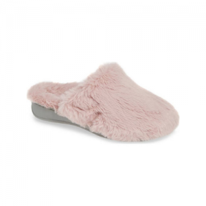 womens plush slippers